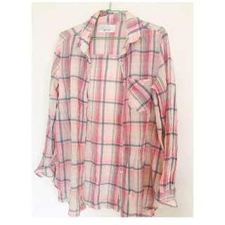 粉色格子襯衫