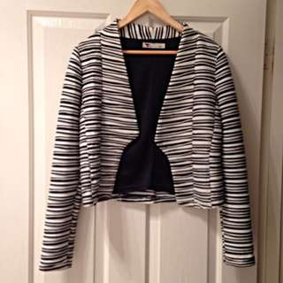 Temt Black and White Blazer