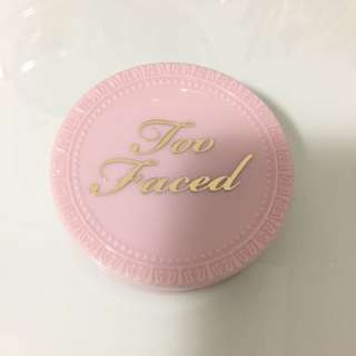 **SOLD**Too Faced Primed & Poreless Pressed Powder