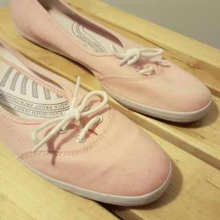 Pastel pink Keds sneakers/shoes size 9