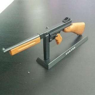 1:6 Collectable Thompson SubMachine gun