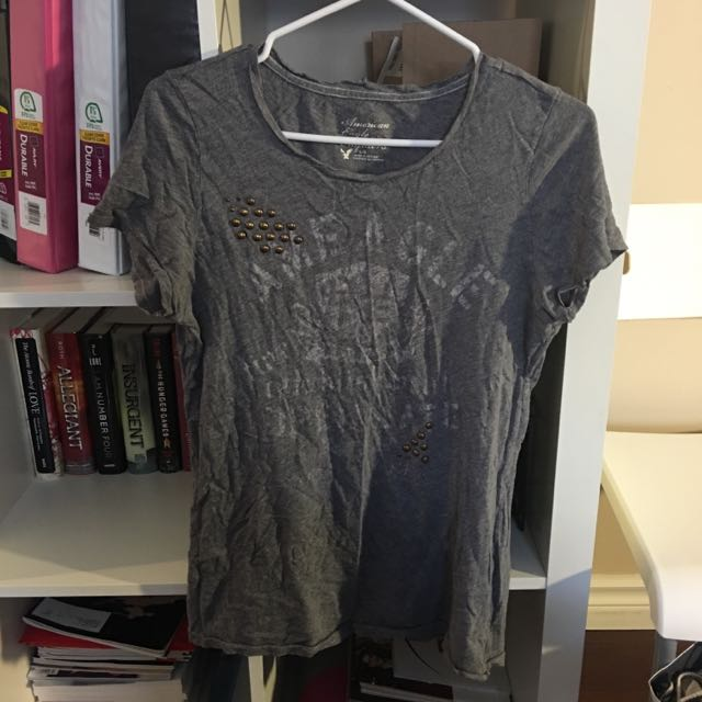 American Eagle Shirt Size M
