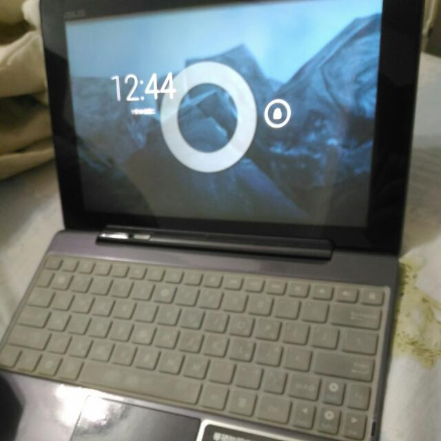 ASUS TF700T變形平板