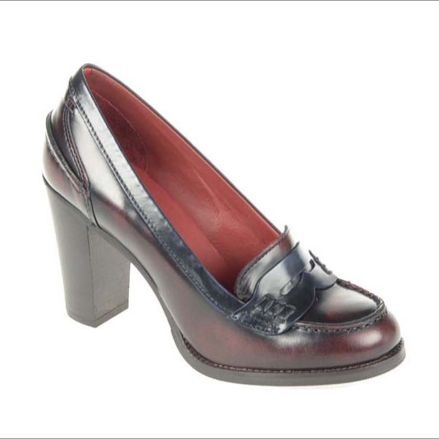 Authentic Tommy Hilfiger Marcia Shoes
