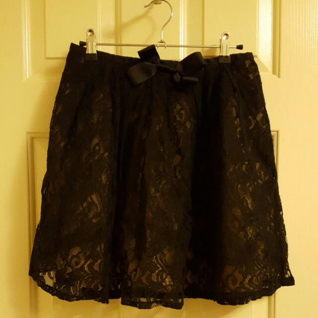 BNWT Cute Valleygirl Lace Skirt Size 10 S/M