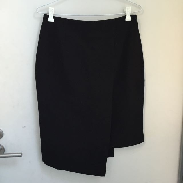 CUE Asymmetric Skirt 8