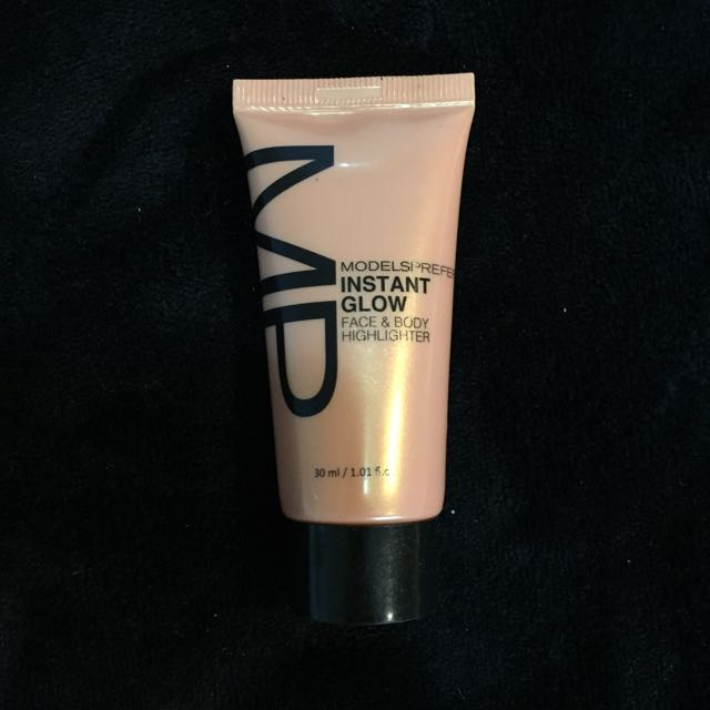 Models Prefer Instant Glow Face And Body Highlighter