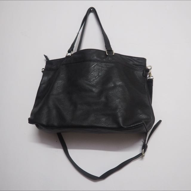 [Preloved] stradivarius Black Tote Bag