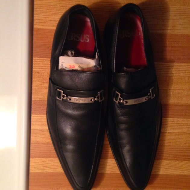 Versus Shoes