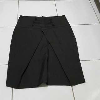 Brown Mini Skirt / Rok Bahan Kantoran
