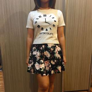 Clock Top And Flowery Skirt Pull And Bear