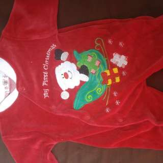 0-3 Month Santa Suits And Hat.