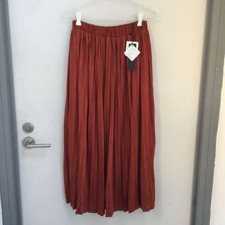 New Pleated Midi Skirt
