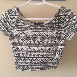 NWOT Forever 21 White/black Crop Top