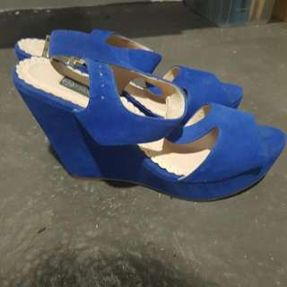 Forever New Wedges Size 6