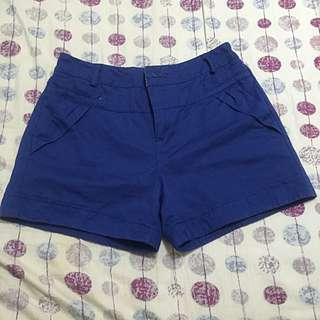 藍色休閒反折短褲