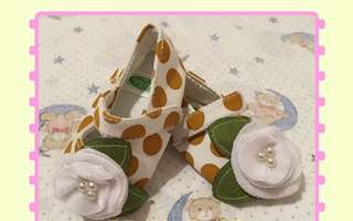 Baby flowers shoes