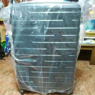 """BN Slazenger Black Luggage 28"""""""