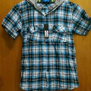 藍色格子襯衫