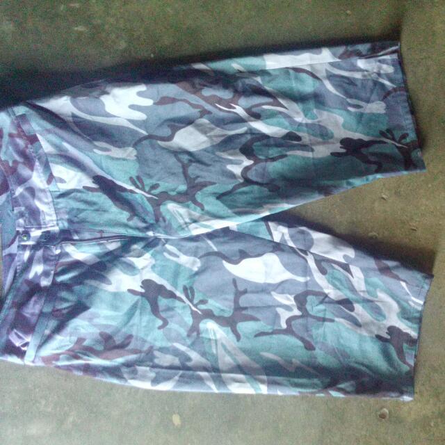 Army Print Tokong Short