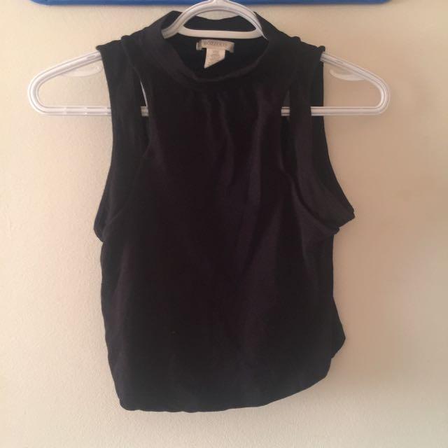 NWOT Black Sleeveless Crop Top