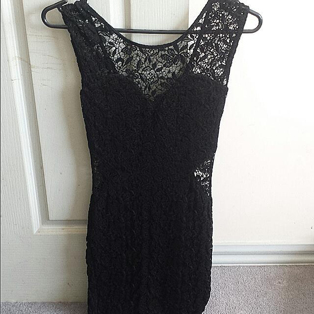 PRICE DROP! Black Lace Dress Size 6