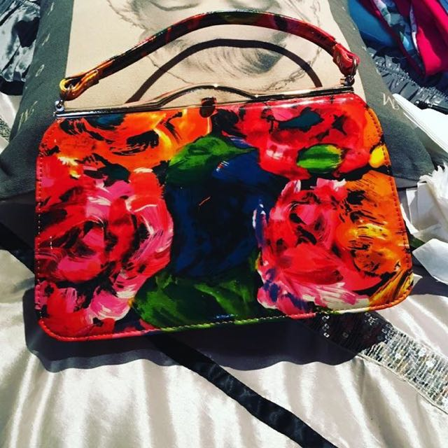 Bright Bag Great Condition