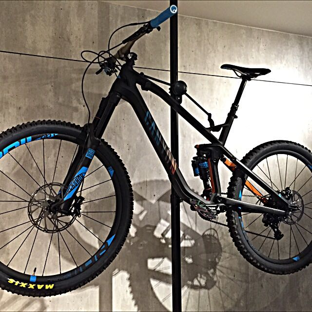 CLEAROUT! $4k Only For 2016 Canyon Strive CF 8.0 Race (Large)