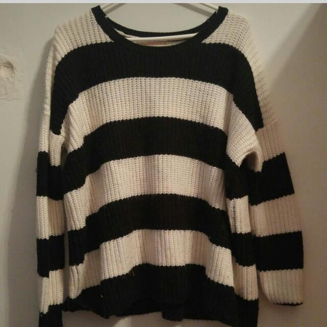 Oversized Black And White Sweater