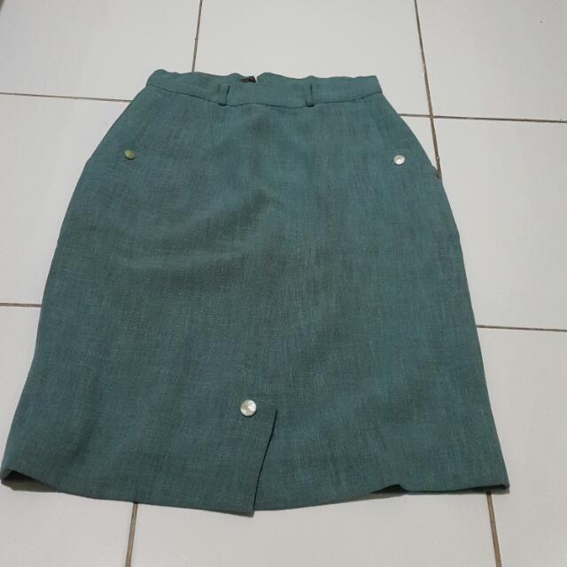Rok Bahan Kerja / Mini Skirt