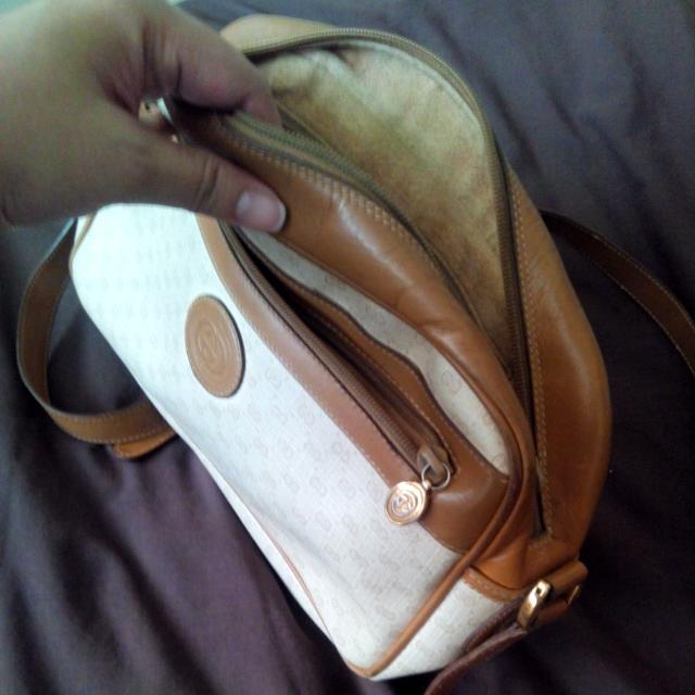 Vintage Gucci Messenger Bag.