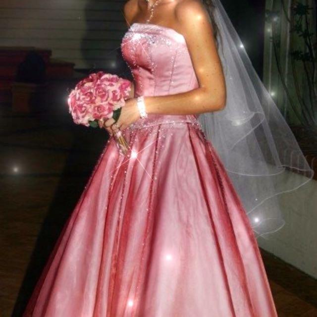 Wedding Dress! Size 6-8