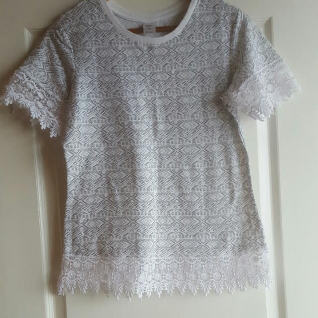 White & Grey Tribal Print Top Size M