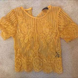 Cropped yellow lace tshirt top