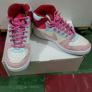 Nike高筒鞋 粉紅藍桃
