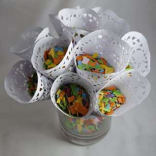 1 Confetti Bag & 10 Cones - Mixed Colours