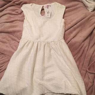 Cream Tempt Dress Size Small