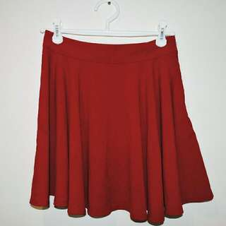 General Pants Maroon Skirt || M