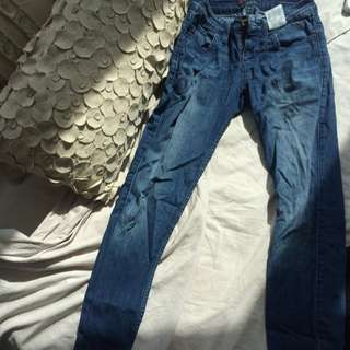 Guess Jeans Size 25