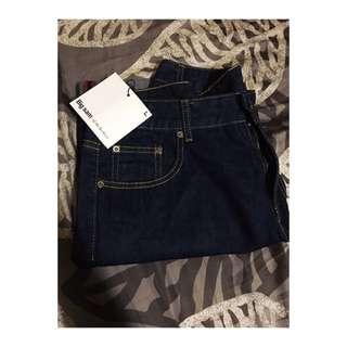 原色牛仔短褲
