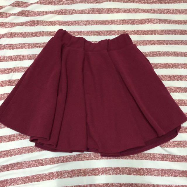 酒紅色傘狀短裙