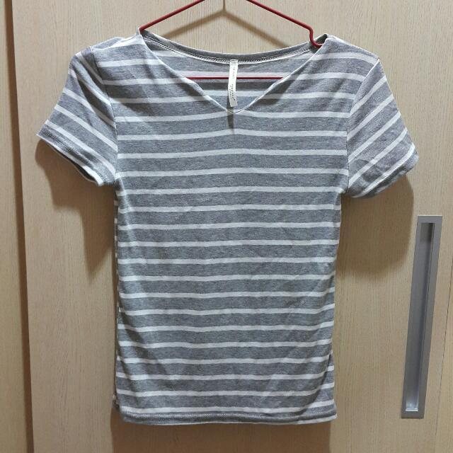 韓版基本款灰白條紋上衣