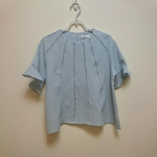 [換季拍賣]韓版淺藍色傘狀短上衣