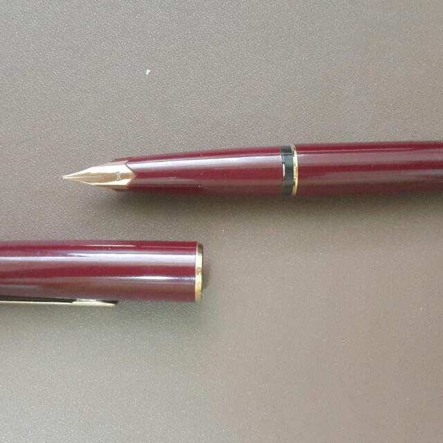 <降價>萬寶龍 老萬 221 活塞上墨 酒紅色鋼筆 14k 585-F尖 刀尖
