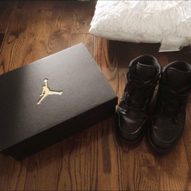 Air Jordan 1 - All black