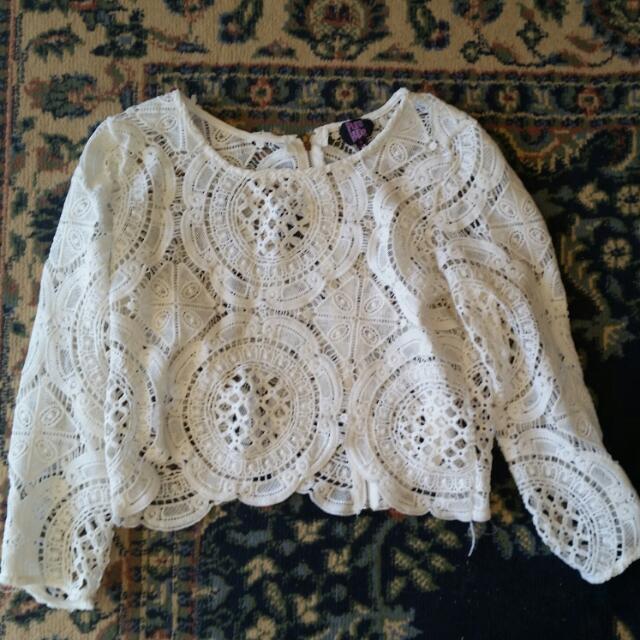 Beautiful White Shirt Size M /10