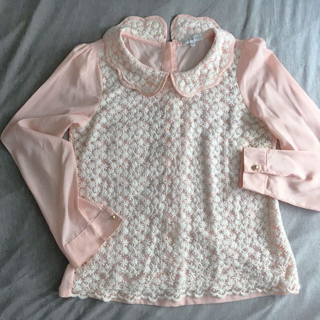 Cache Cache Lacey Top in Peach