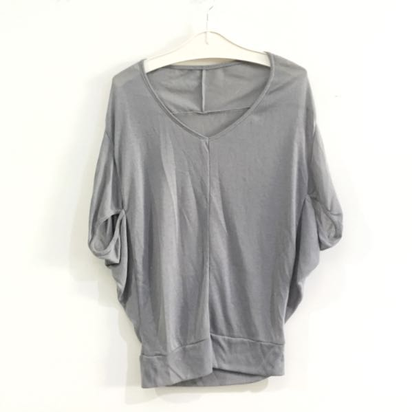 3for100k / Grey Knit Top