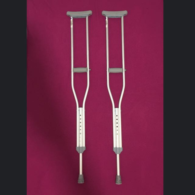 *** $20 ALL MUST GO***LifeLine Aluminium Crutches/Walking Stick (Ankle Support, Foot Injury, Walking Aid, Fracture, Sprain)