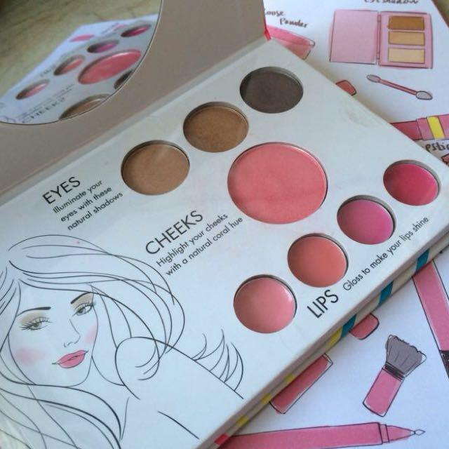 Miss Shop FACE Palette